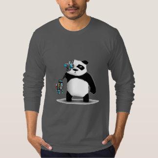 パンダのサイボーグのギーク Tシャツ