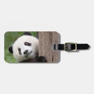 パンダの幼いこどもの絵画 ラゲッジタグ