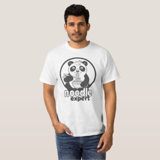 パンダの食べ物のヌードル Tシャツ