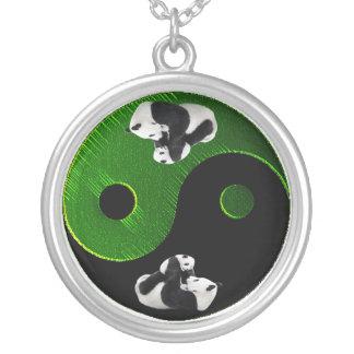 パンダのYingヤンのネックレス シルバープレートネックレス
