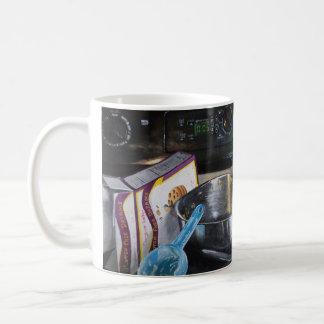 パン屋およびペーストリー作りの職人のコーヒー・マグ コーヒーマグカップ