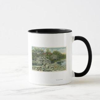 パーキンズの入江場面の素朴な橋 マグカップ