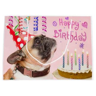 パーティーのパグおよびお誕生日ケーキ ラージペーパーバッグ
