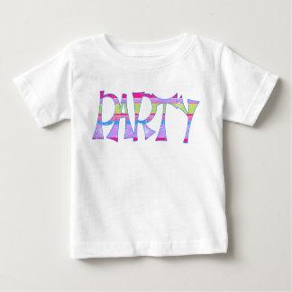 パーティーのベビー ベビーTシャツ