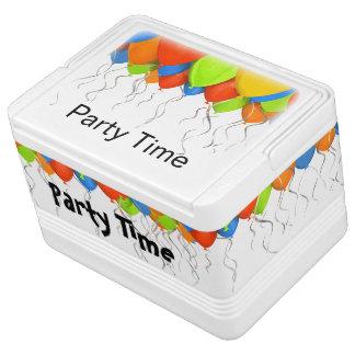 パーティーはテーマを風船のようにふくらませます IGLOOクーラーボックス