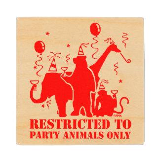 パーティー好きな人だけに制限される ウッドコースター