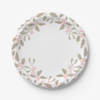 ヒイラギおよびヤドリギのリースの紙皿の赤面のピンク ペーパープレート