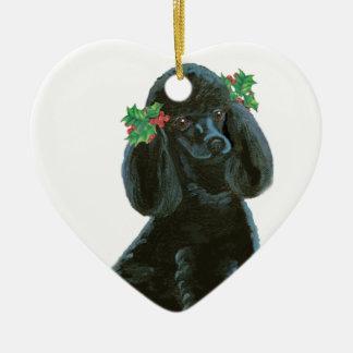ヒイラギを持つ黒いプードルの子犬 セラミックオーナメント