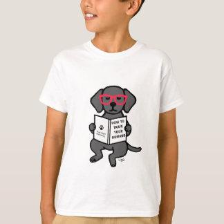 ヒップスターの黒いラブラドールの子犬 Tシャツ