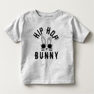 ヒップホップのバニーの春のイースター男の子の幼児の上のワイシャツ トドラーTシャツ