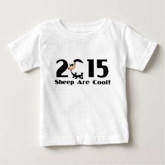 ヒツジのラムのヤギ2015年のおもしろいな年 ベビーTシャツ