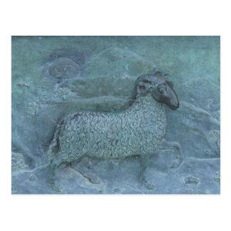 ヒツジのレリーフ、浮き彫り ポストカード