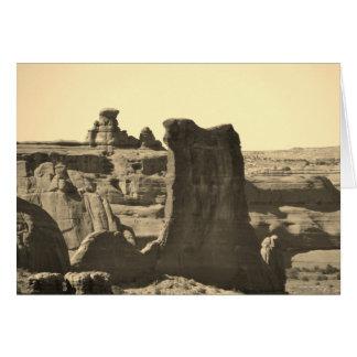 ヒツジの石は国立公園をアーチ形にします カード
