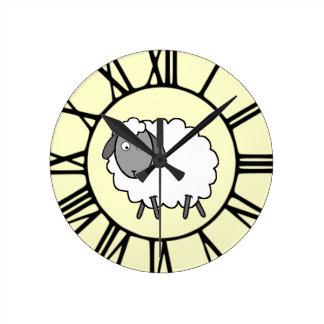 ヒツジ ラウンド壁時計