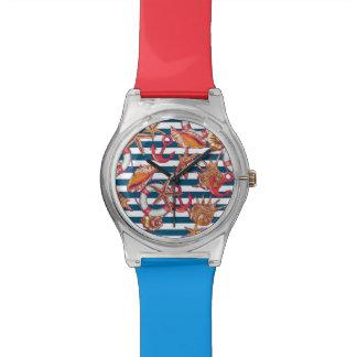 ヒトデおよびストライプなパターン 腕時計