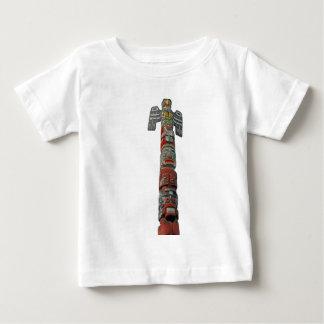 ヒマラヤスギから切り分けられるトーテムポール ベビーTシャツ
