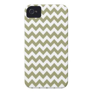 ヒマラヤスギ緑のシェブロンIphone 4か4S場合 Case-Mate iPhone 4 ケース