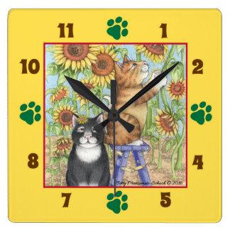 ヒマワリの正方形の柱時計を持つ猫 スクエア壁時計