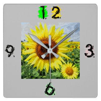 ヒマワリの正方形の柱時計 スクエア壁時計