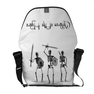 「ヒュドラの子供」の骨組 メッセンジャーバッグ