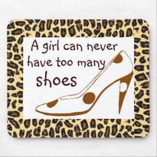 ヒョウのプリントのハイヒールの靴 マウスパッド