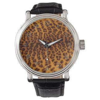 ヒョウのプリントの黒によって斑点を付けられる皮の質のテンプレート 腕時計