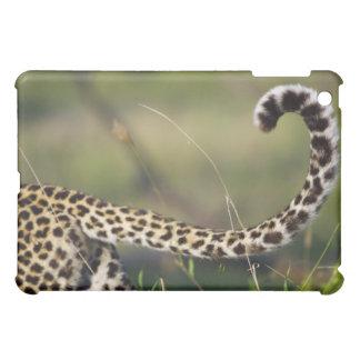 ヒョウの尾(ヒョウ属のpardus)の眺め、 iPad mini カバー