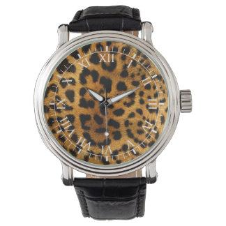 ヒョウの皮の一見 腕時計