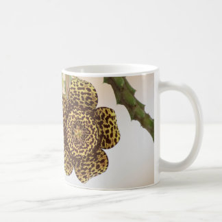 ヒョウの花のコップ コーヒーマグカップ