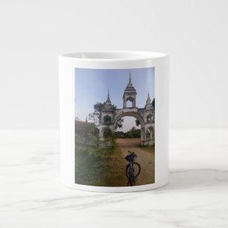 ヒンズー教の寺院 ジャンボコーヒーマグカップ