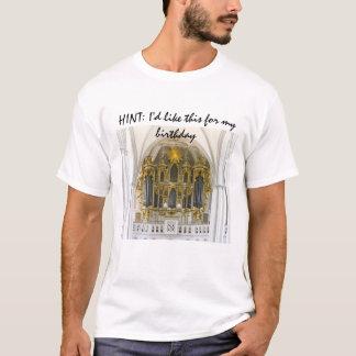 ヒント: 私は私の誕生日のティーのためのこれを-ベルリン好みます Tシャツ