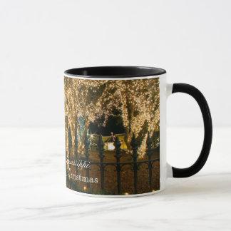 ビクトリアンなクリスマス-カントン、ミシシッピー マグカップ