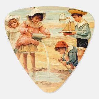 ビクトリアンな子供のビーチの海岸のSandcastles ギターピック