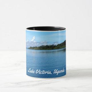 ビクトリア湖のこのなだめるような写真のマグを楽しんで下さい、 マグカップ