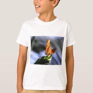 ビジネスについての蝶 Tシャツ