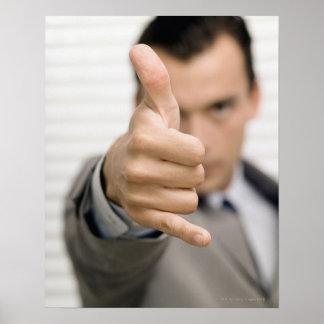 ビジネスマンのポートレート親指を構成します ポスター