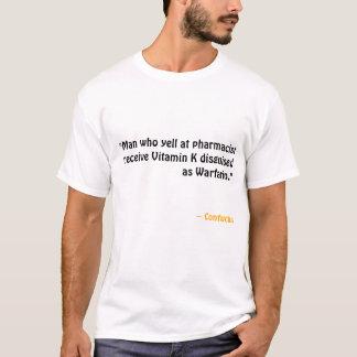 ビタミンKはワルファリンを取り替えます Tシャツ