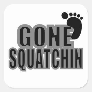 ビッグフットギフトによって行くSquatchinのロゴの黒の灰色 スクエアシール