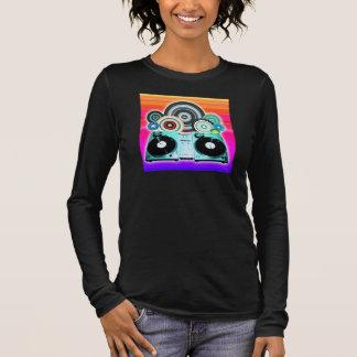 ビニール-ポップアートが付いているDJのターンテーブル 長袖Tシャツ