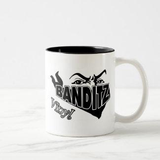 ビニールBANDITZのロゴ ツートーンマグカップ