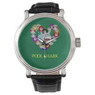 ビリヤードボールのプールの鮫のハート 腕時計