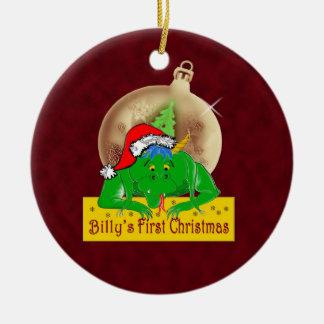 ビリーの初めてのクリスマスのドラゴンのオーナメント セラミックオーナメント