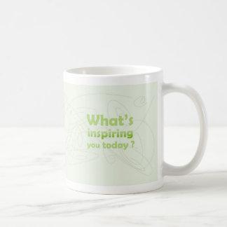 -ビロードの脱出をインスパイア コーヒーマグカップ