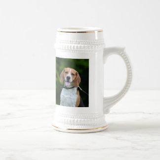 ビーグル犬犬の写真のポートレートの美しいジョッキ ビールジョッキ