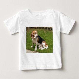 ビーグル犬 ベビーTシャツ