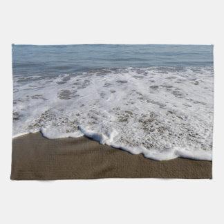 ビーチか砂または波 キッチンタオル