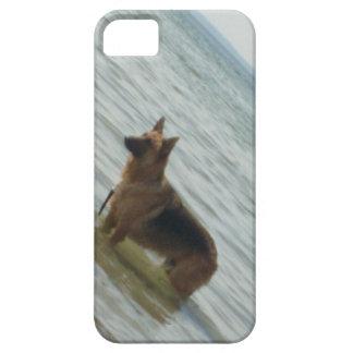 ビーチのジャーマン・シェパード iPhone SE/5/5s ケース