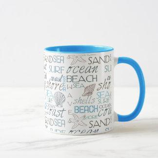 ビーチのタイポグラフィ マグカップ