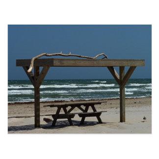 ビーチのピクニック ポストカード