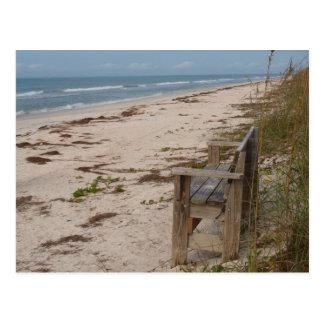 ビーチのベンチ ポストカード